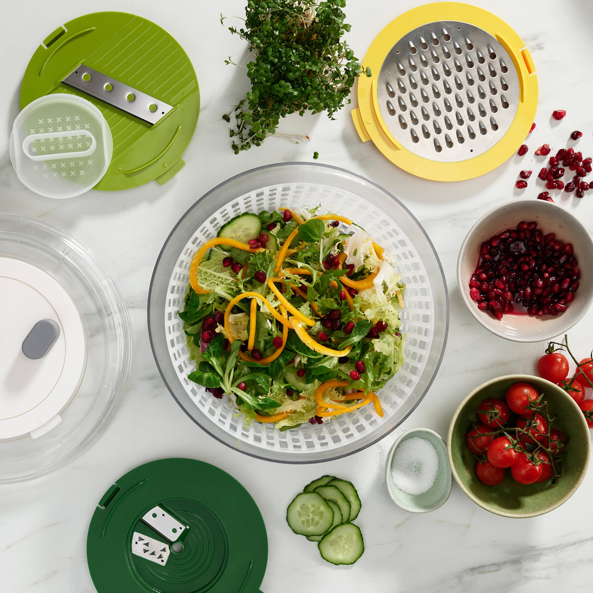 Joseph Joseph Salad Preparation
